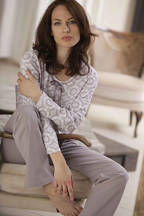 Dámske nočné pyžamo